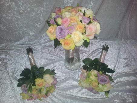 Mixed Coloured Rose Bouquet