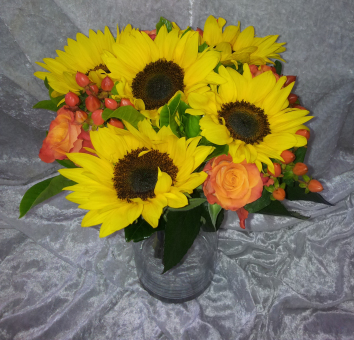 Sunflower Rose and Berries Bouquet