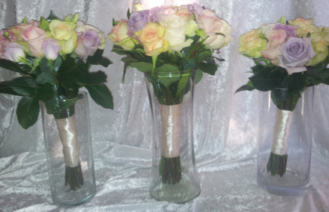 Mixed Coloured Rose Bouquets